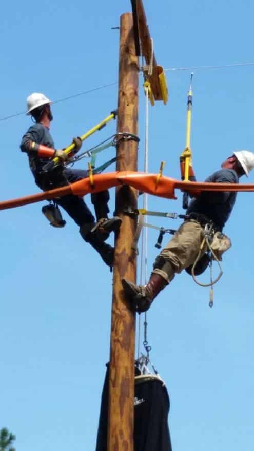 Duke-Energy-linemen